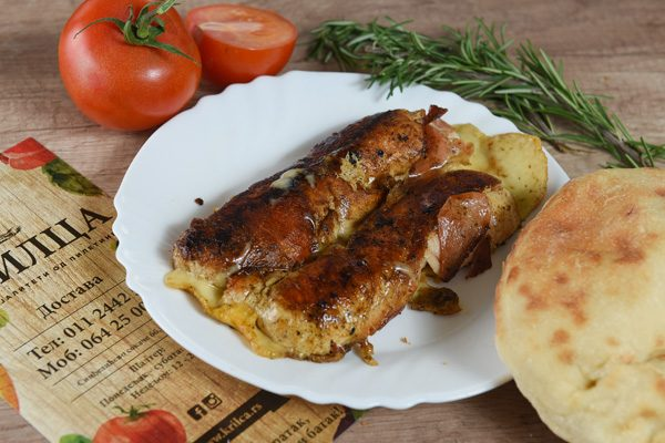 Grilovani file na žaru punjen sa gorgonzola sirom
